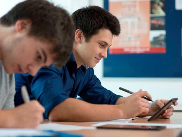 Giovani e universitari